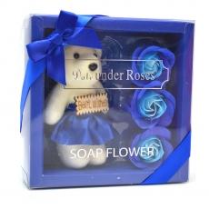 Pachet best wishes ursulet cu trandafiri de sapun albastru